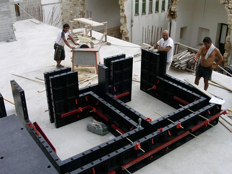 Использование пластиковой опалубки при реконструкции зданий