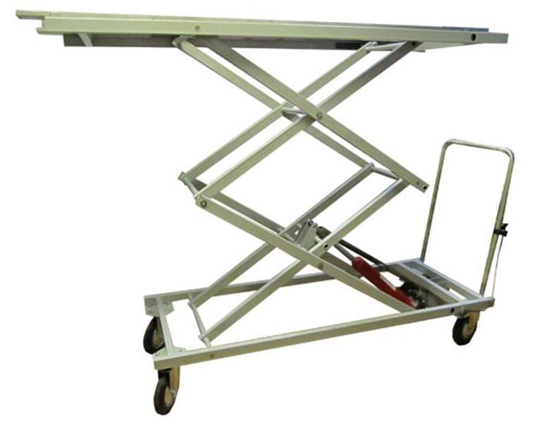 Тележка с подъемной платформой – оптимальный вариант для промышленного предприятия или склада
